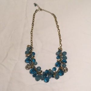 NWOT: beautiful Ann Taylor Necklace!
